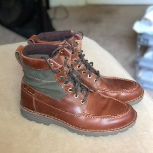 Clarks brown leather boot